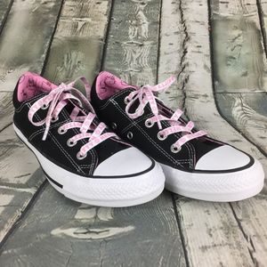 Hello Kitty All Star Converse Sneakers Sz 6